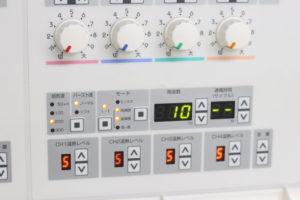 低周波・中周波電気治療機器rutinaの写真